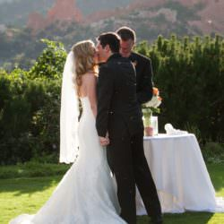 garden-of-the-gods-club-wedding