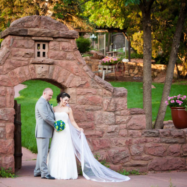 Lacey and Curtis' Summer Wedding At The Craftwood Inn