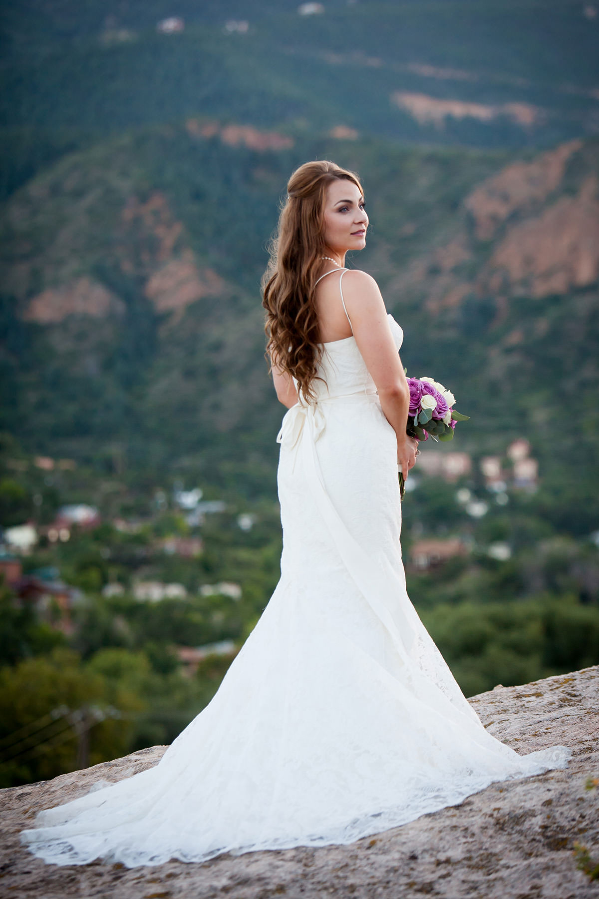 Your Wedding Pictures Delivered In Days, Not Weeks