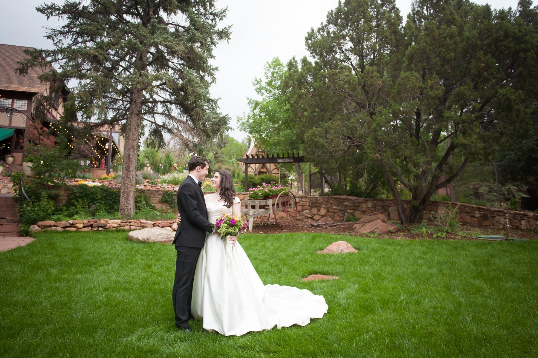 Craftwood Inn Weddings
